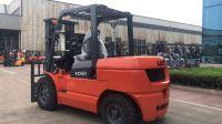 2 tons diesel forklift trucks