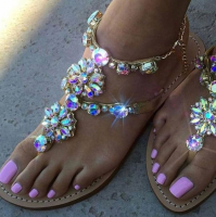 New Fashion Women Summer Shoes Beach Sandals Rhinestone Crystal Sandals Slip on Flip Flops Rome Style Gladiator Sandals Plus Size