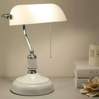 European & American Style Metal Lampbody with Glass Shade Retro Table Lamp