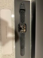 Apple iwatch series 3 42mm space gray