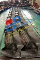 Solid Float Rubber Boom from Qingdao Singreat in Chinese