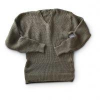 Wool / Cotton / Acrylic / Cashmere / Angora Sweater
