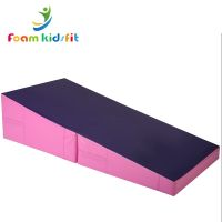 Folding cheese wedge incline mat gymnastic mat