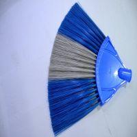 KleanOne Fan Brush