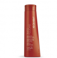 Smooth Cure sulfate-free shampoo � Beautébar