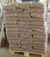 Nice cheap Stick Shape Wood Pellets Pelet Pallet / Pine Wood Pellets 15kg Bags  for sell