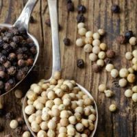 Black Pepper / White Pepper