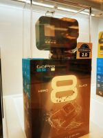 **Offer Bundle**  GoPro - HERO8 Black Live Streaming Action Camera