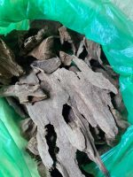 Oud High Quality Chips and flakes