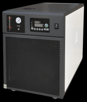 Low height chiller for lab analysis Instrument