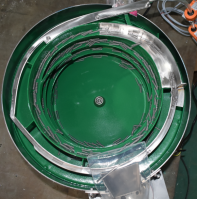 vibratory bowl feeders for screw fastners