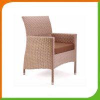 Hot Sale Modern Rattan Armrest Dining Chair for Hotel SFM3-20150522-10