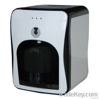Mini tabletop hot and cold water purifier