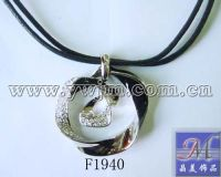 necklace jewelry f1940