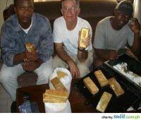 Gold Dust For At 14 500 Usd Per Kilo