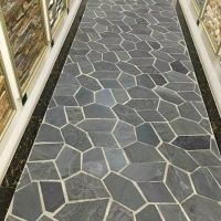 Natural driveway black slate paving stone mess