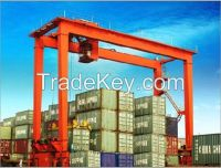 Port lifting 40 ton container straddle carrier
