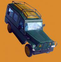 Safari tin cars