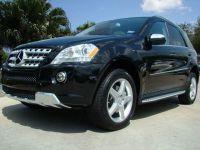 2009 Mercedes- Benz ML550 Black / Black USA Export Car MSRP $65880
