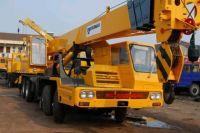 Tadano TL300E Truck Crane
