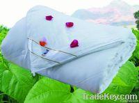 silk comforter,
