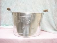 BASKETS, PLANTERS, CANDLE HOLDERS, CUTLERY & OTHER DECORATIVE ARTICLES