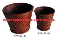 planters, vases, baskets, pots, plates, boxes, lanterns, pedestals et