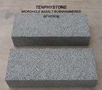 stone kerb