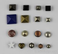 Pyramid Studs For
