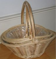 Willow Holiday Basket
