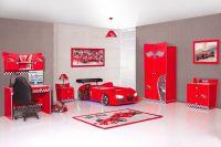 V8 Quattro Racer car