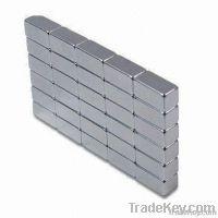 Sintered blocks magnet