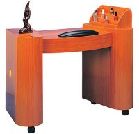 Manicure  tables  NG