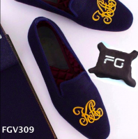 Embroidered velvet loafers