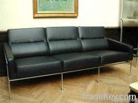 Jacobsen Style Sofa 3300 Series