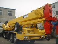 TADANO truck crane GT650E