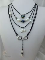 47_Pearl Leather Necklace