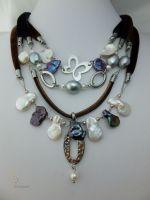 44_Pearl Velvet Necklace