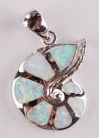 opal sea shell pendant P43