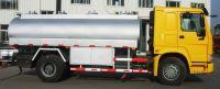 SINOTRUK oil tank truck