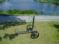 Electric remote golf trolley