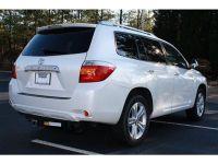 My Toyota Highlander 2010 model full option V6 white interior american
