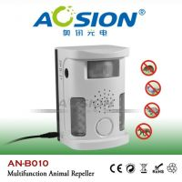 Multifunctional ultrasonic cat dog animal repeller