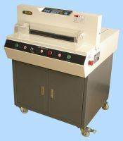 Automatic digital paper cutter