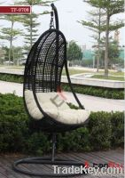 TF-9708 2012New design wicker outdoor swing chair