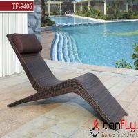 PE rattan outdoor sun lounge chair