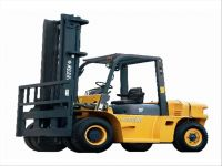 forklift truck with 70 ton rated capacity