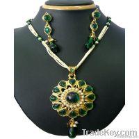 kundan fashion beaded pendant jewellery