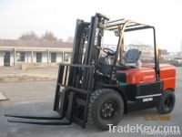 Qingong 5 Tons Diesel Powered Forklift CPCD50