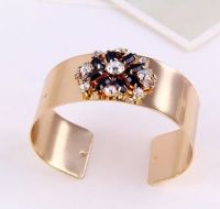 Fashion Wide Diamond Bangles